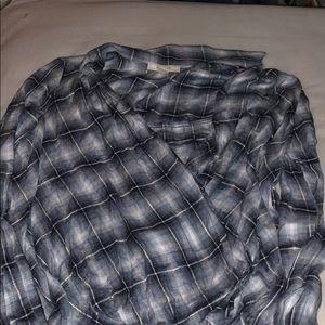 XL blue flannel cross cross shirt